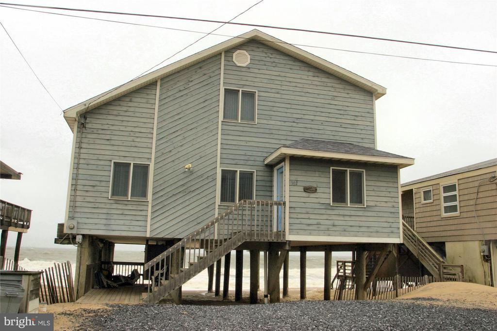 902 S OCEAN DR,South Bethany,DE 19930