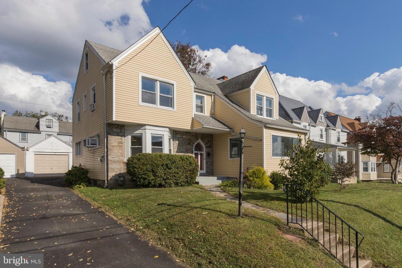 825 Alexander Avenue Drexel Hill, PA 19026