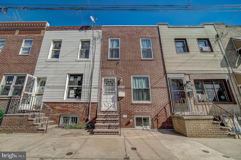 1827 S Mole Street Philadelphia, PA 19145