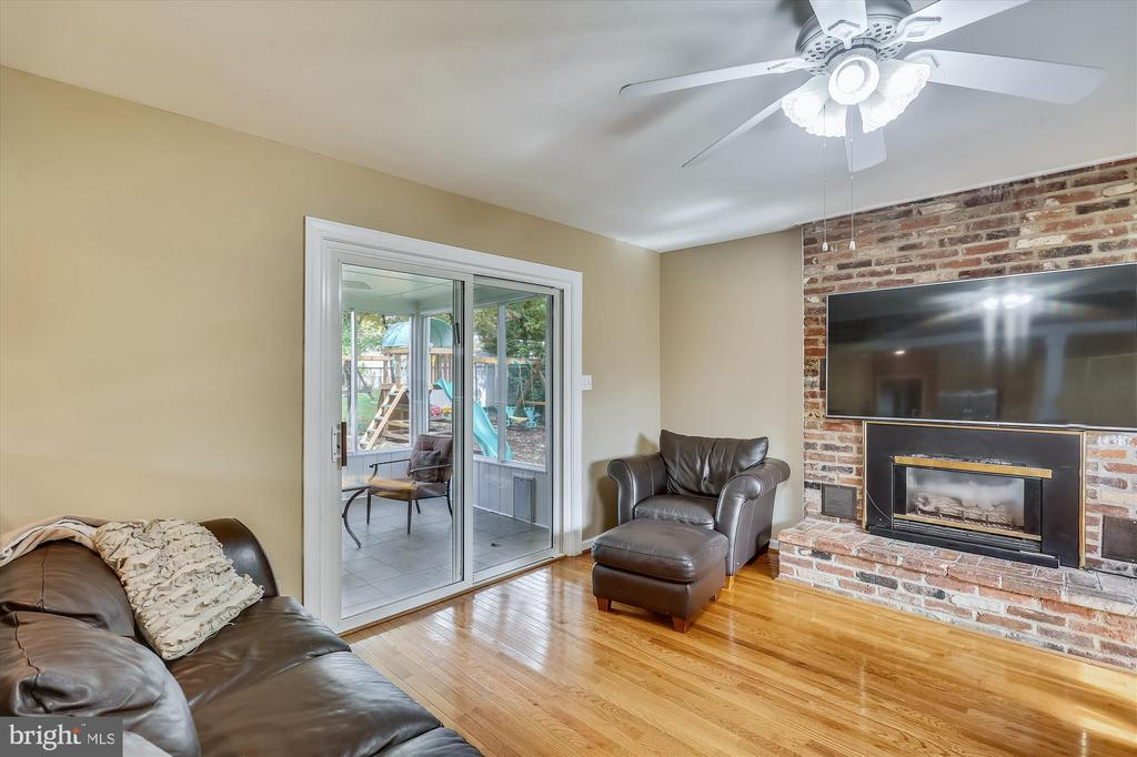 1213 Arcola Ave, Silver Spring, MD 20902