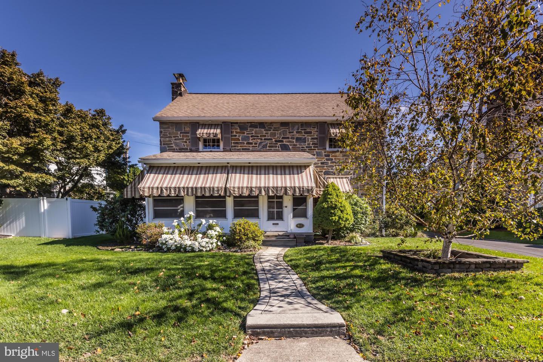 913 Collenbrook Avenue Drexel Hill, PA 19026