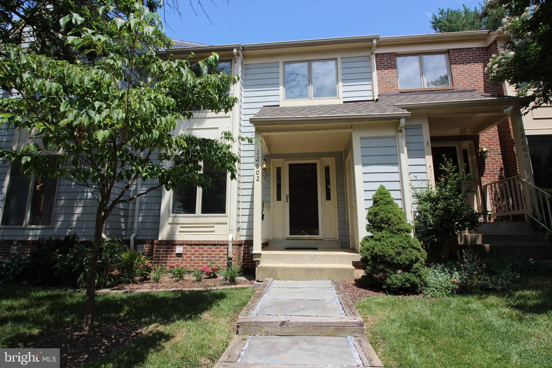 12602 Varny Place   - Fairfax, Virginia 22033