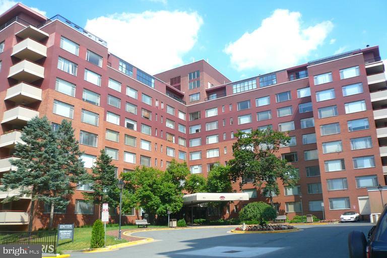 1021 Arlington Boulevard  #748 - Arlington, Virginia 22209