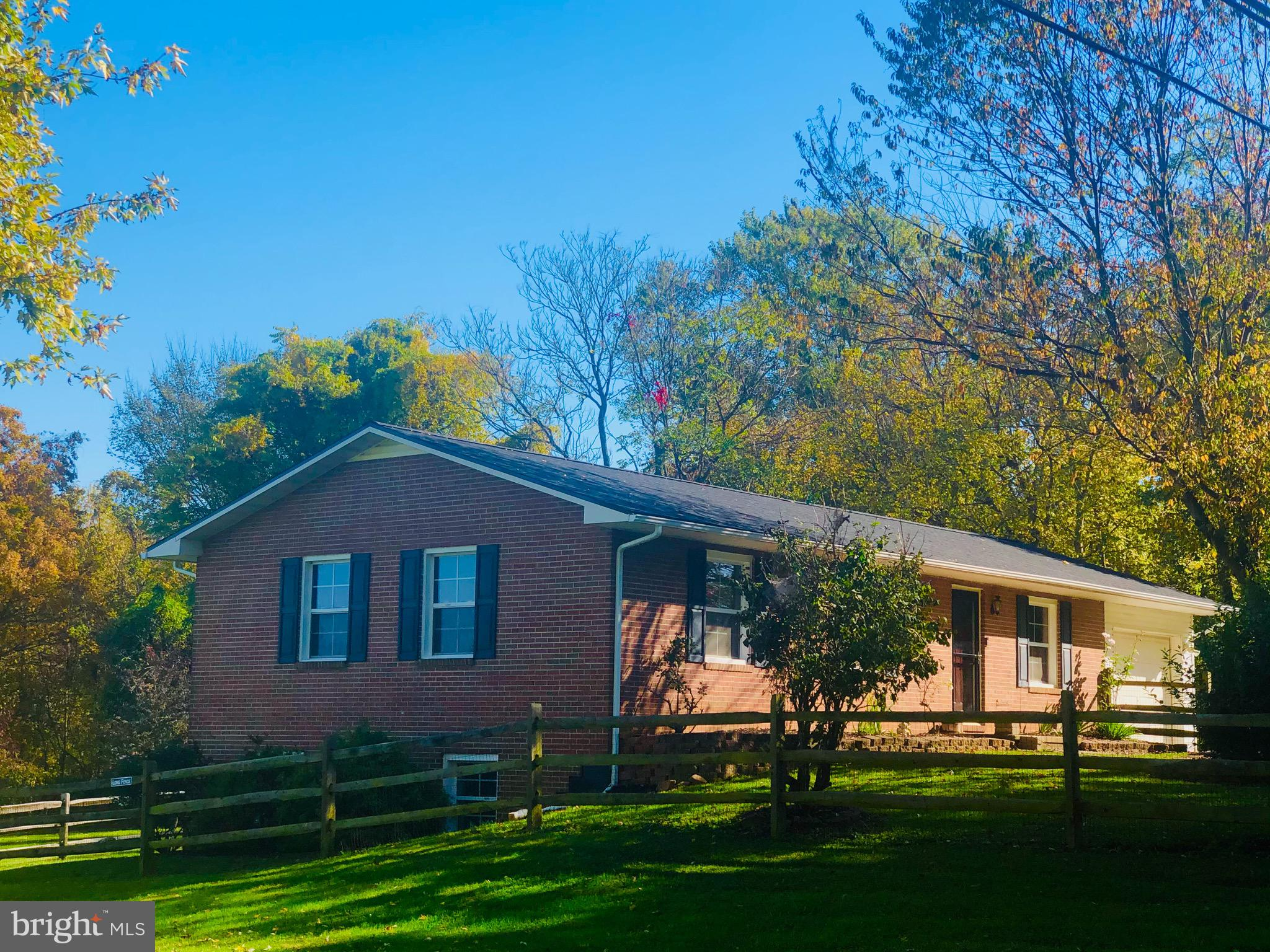 1004 King Lear Dr, Charles Town, WV, 25414
