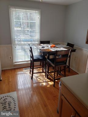 5903 Grisby House Ct Centreville VA 20120