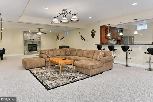 21864 Parsells Ridge Ct Ashburn VA 20148