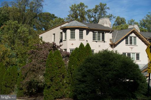123 VALLEY PLACE