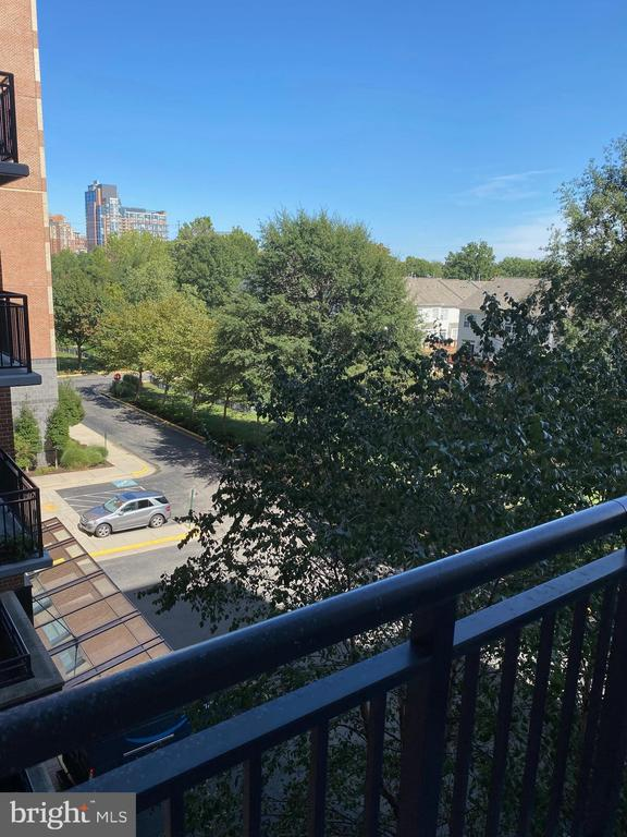 Photo of 2451 Midtown Ave #511