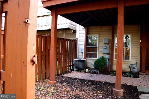 43174 Lawnsberry Sq Ashburn VA 20147