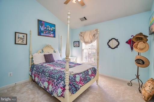 4114 Appleby Way Fairfax VA 22030