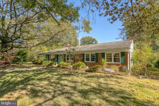 3501 Pinetree Ter Falls Church VA 22041