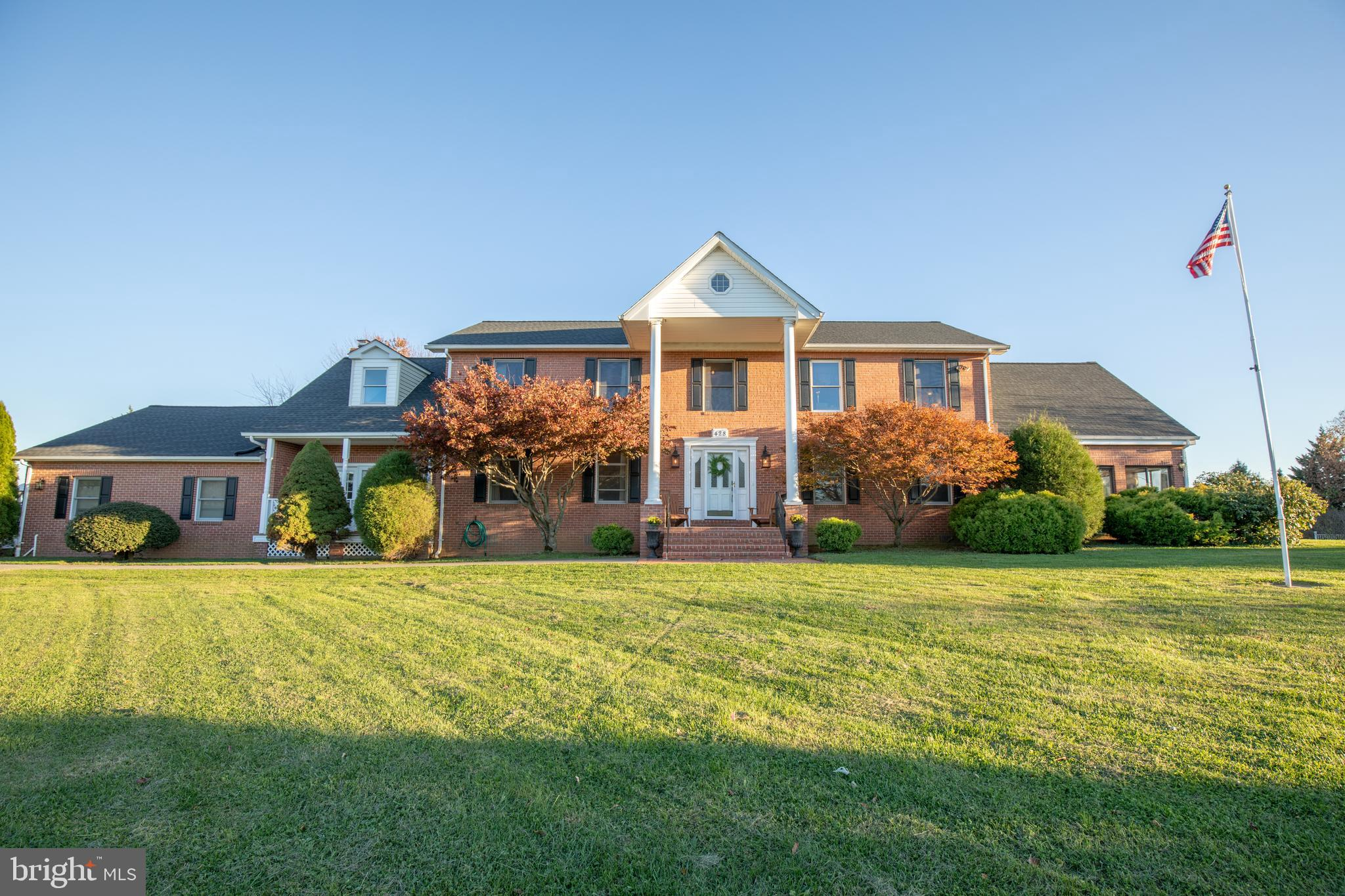 428 Grouse Knl, Summit Point, WV, 25446
