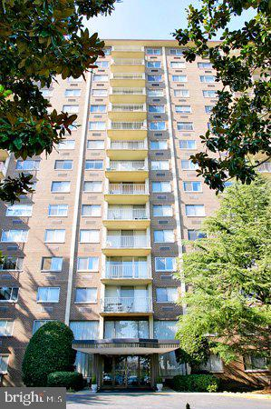 Photo of 2059 Huntington Ave #803