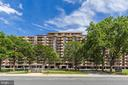 1300 Army Navy Dr #323