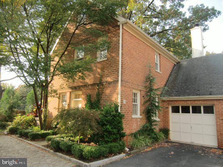 251 W Montgomery Avenue UNIT #19 Haverford, PA 19041