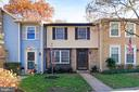 10943 Harpers Square Ct