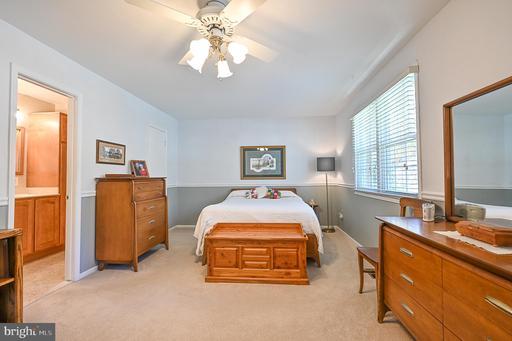 4755 Tapestry Dr Fairfax VA 22032