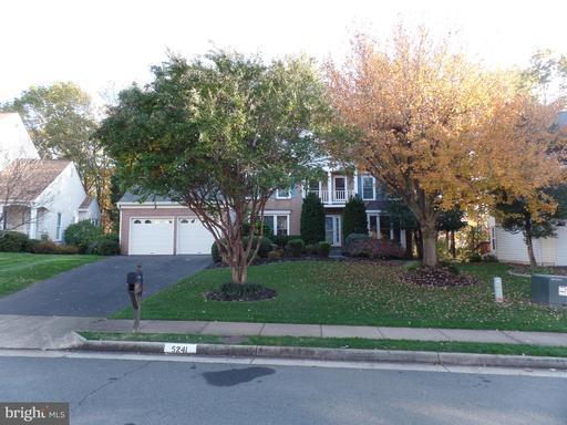 5241 Braywood Dr Centreville VA 20120