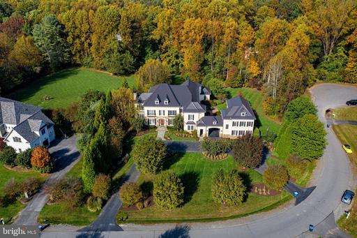 10464 Springvale Meadow Ln Great Falls VA 22066