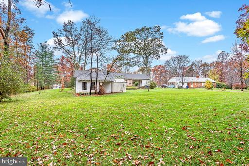 9000 Ellenwood Ln Fairfax VA 22032