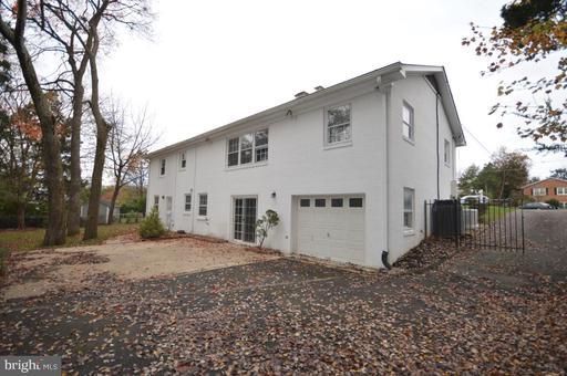 5937 Kimble Ct Falls Church VA 22041
