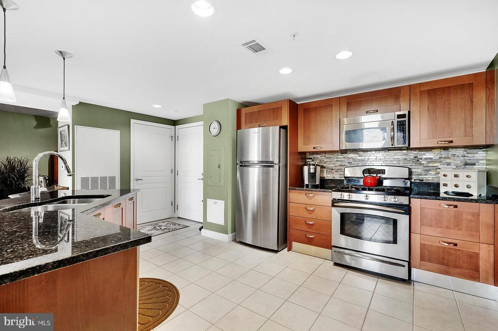 Photo of 2451 Midtown Ave #1422