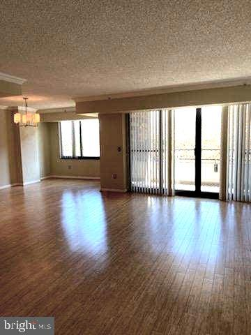 Photo of 1300 Crystal Dr #404s