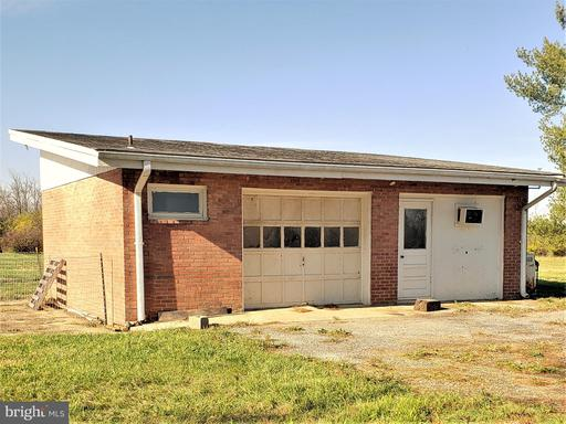 773 Old Winchester Rd Boyce VA 22620