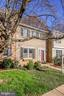 5729 Lawsons Hill Ct