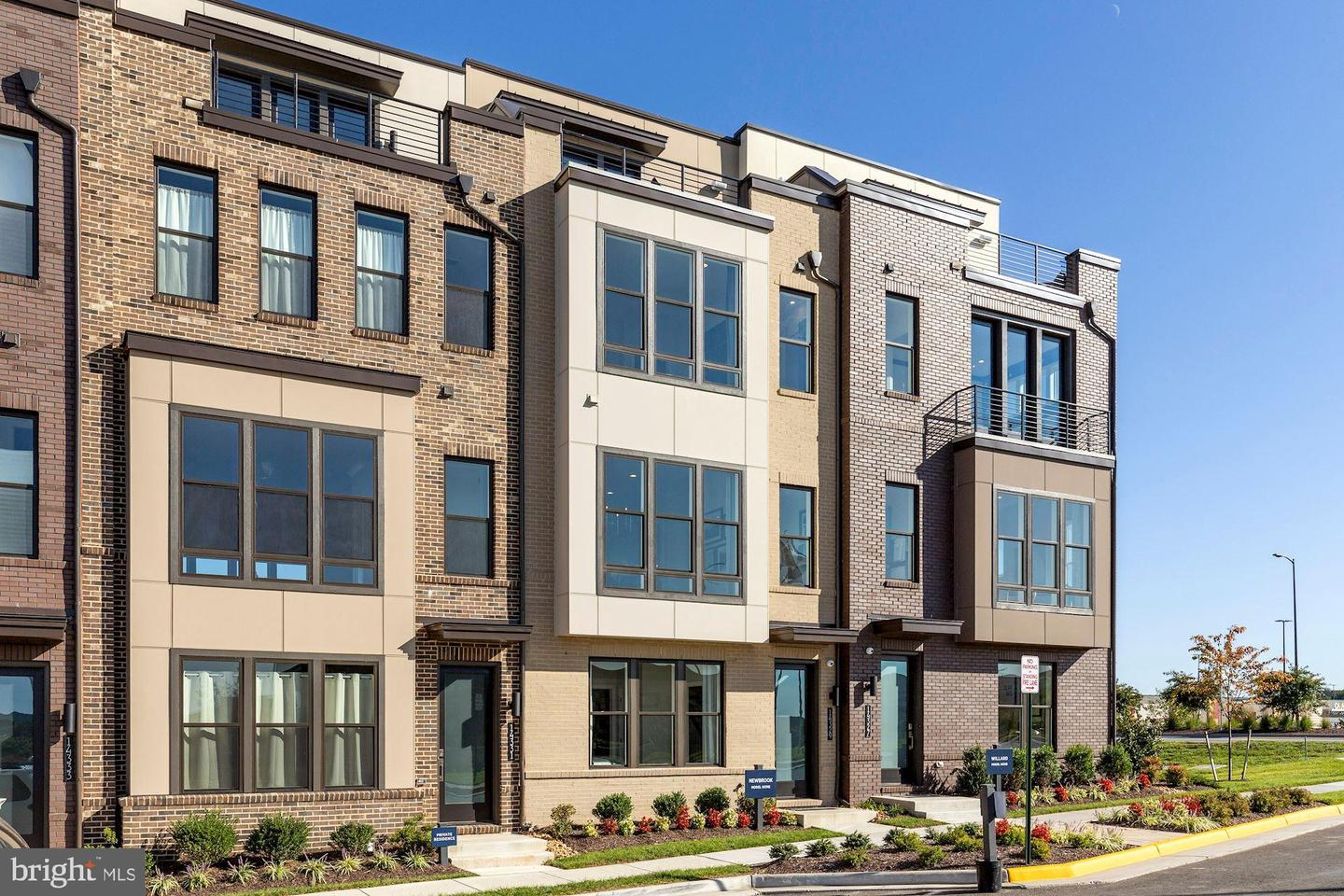 4673 Charger Place   - Chantilly, Virginia 20151