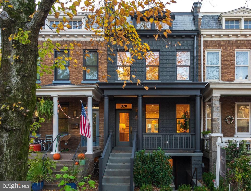 It's a Maury Miracle! Step inside to find a pridefully remastered porchfront with personality on a tree-lined block a stone's throw from Lincoln Park. Beyond the stoop, you'll find 5 bedrooms across 4 levels with 3200+/- square feet of tailored indoor/outdoor living space fueled by a designer's touch. Skylight-studded top floor master suite with private terrace, large custom kitchen, and a spacious garage with serious workshop potential top the list of enviable amenities. Not to mention the full basement suite, bedroom-level laundry and landscaped garden. Discover life on the Hill.