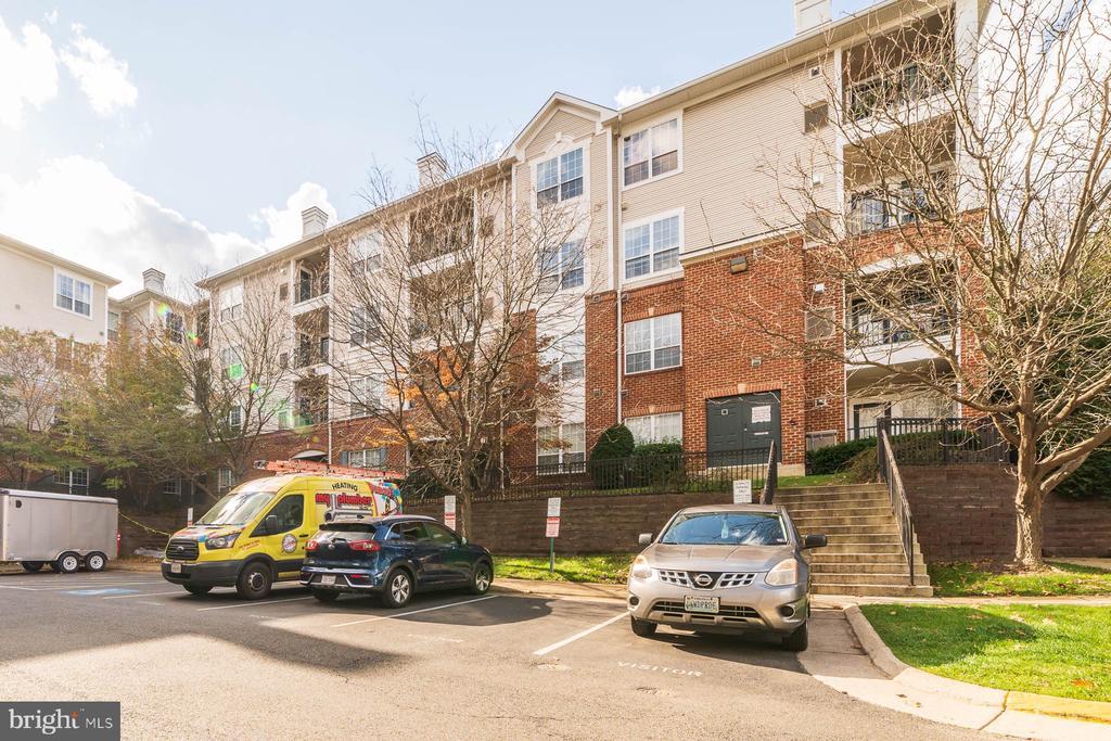 Photo of 4870 Eisenhower Ave #109