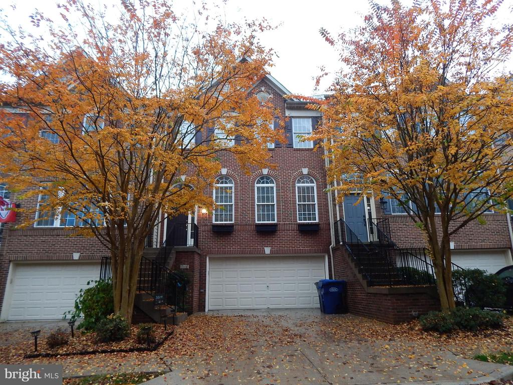 Photo of 3814 Elmwood Towne Way