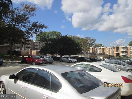 2523 Huntington Ave #25, Alexandria, VA 22303