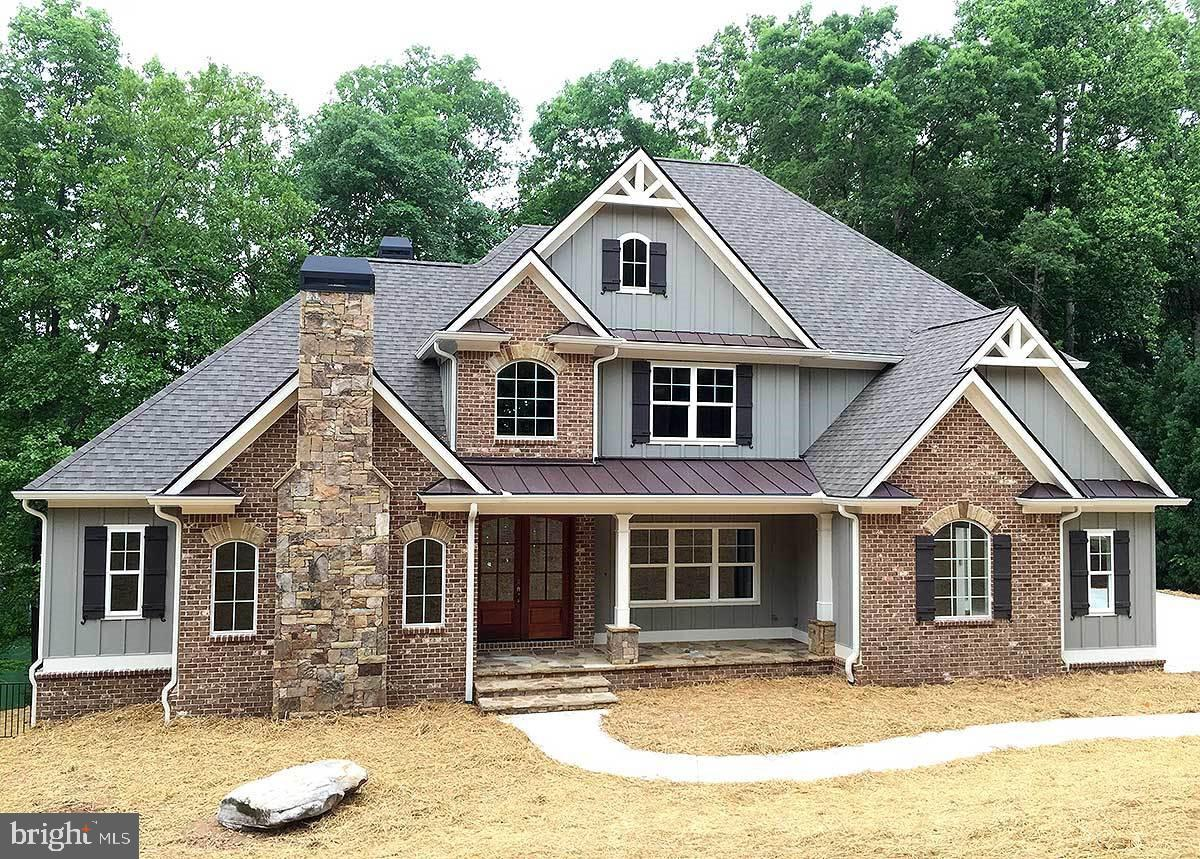 A remarkable custom home to be built by Garrison Homes.  Use the proposed plans or modify them to your liking or bring your own plans.  TO be build in Wild Quail and walking distance to Wild Quail Country Club (club house, pool, tennis and golfing).