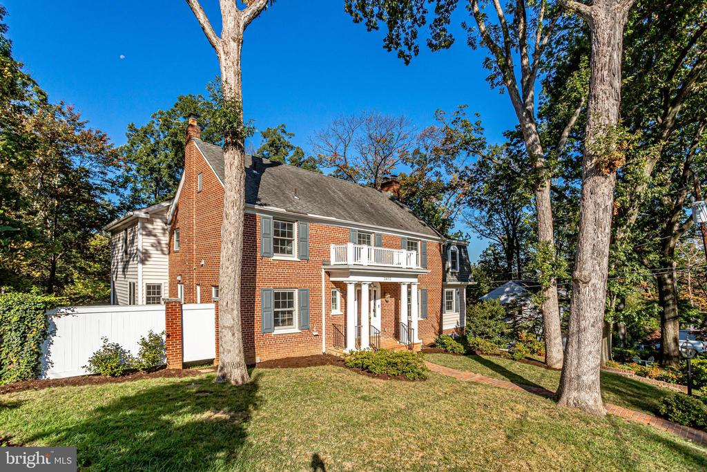 3412 Alabama Ave, Alexandria, VA 22305