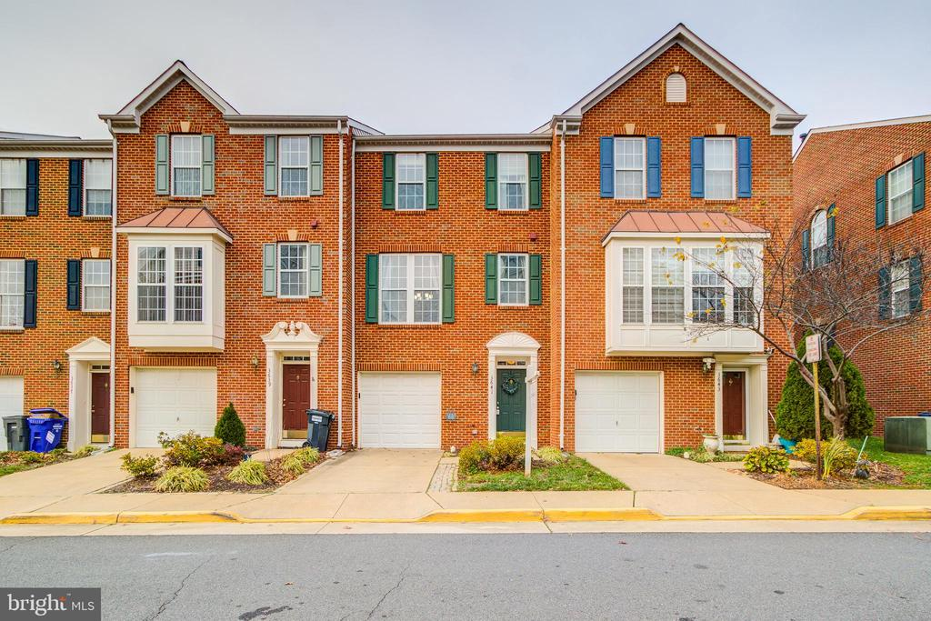 3641 Madison Watch Way, Falls Church, VA 22041