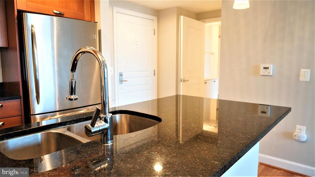 Photo of 2451 Midtown Ave #1325