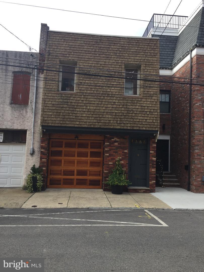 2342 E Gordon Street Philadelphia, PA 19125