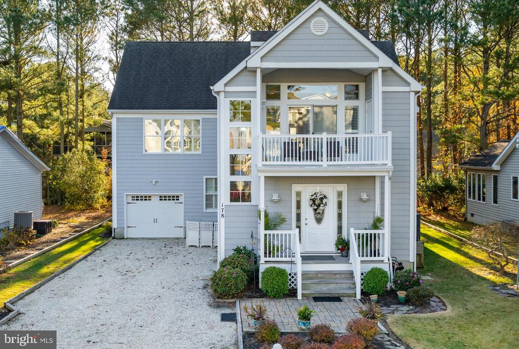 Beautiful well kept home.  Great views of the St Martins River from front of the house. {it's across the street} Teal Bay neighborhood. Review on line pictures. Home has a complete entrance level living area. Perfect for large family or in law suite, with plenty of room for the grand kids. Second floor has another complete main living area with living, dining, master, bedroom, and a kitchen. Total living area is around 3,000 square feet. The Pines has  Boating, Pools, {one in doors}, Beach Club, Yacht Club with a great restaurant. Close to the beach, so come enjoy all that it offer.