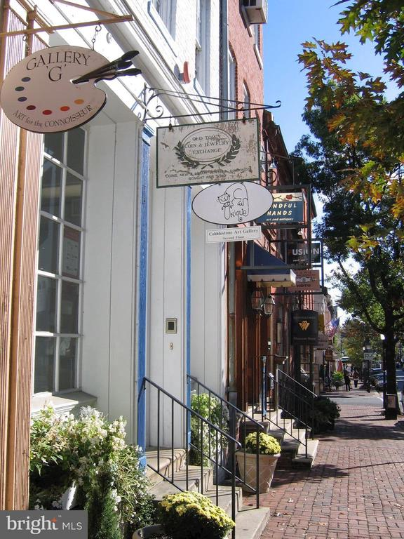 Photo of 2800 Dartmouth Rd #3