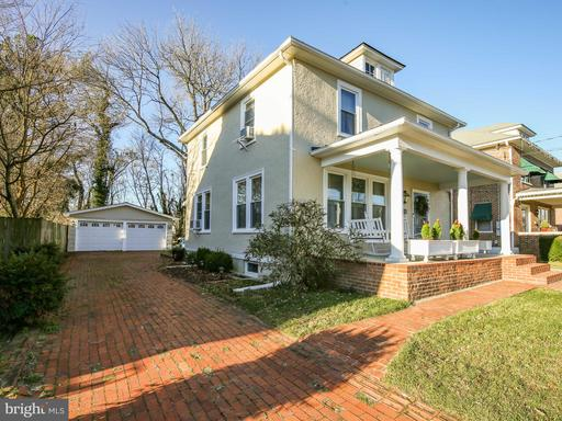 Property for sale at 327 W Main St, Berryville,  Virginia 22611