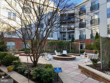 1800 Wilson Blvd #303, Arlington, VA 22201