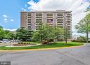 1800 Old Meadow Rd #1003