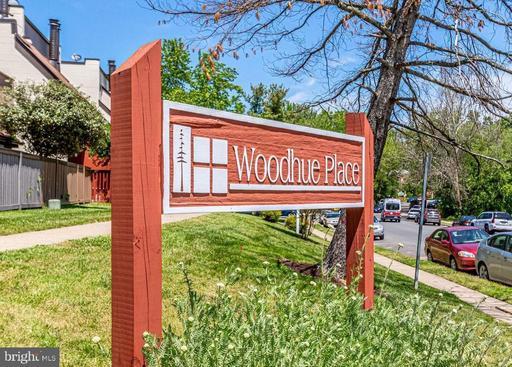 3921 Woodhue Pl #5, Alexandria, VA 22309