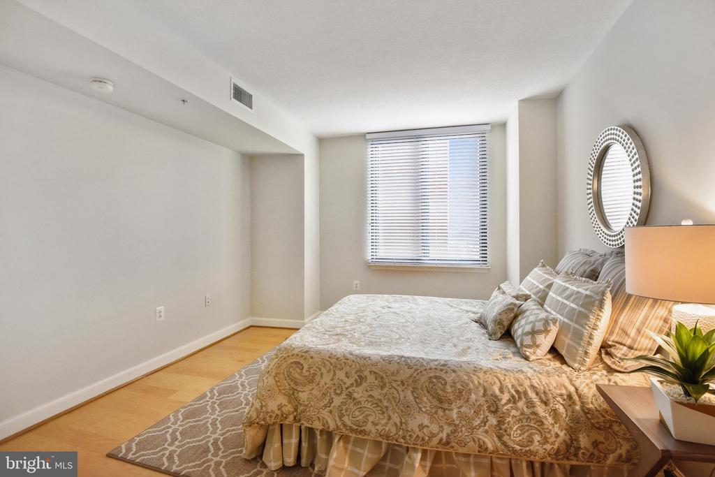 Photo of 2451 Midtown Ave #805