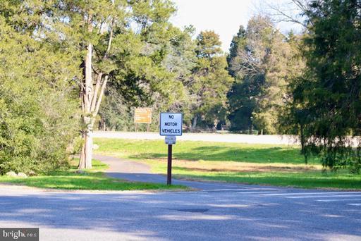 8411 Fort Hunt Rd Alexandria VA 22308