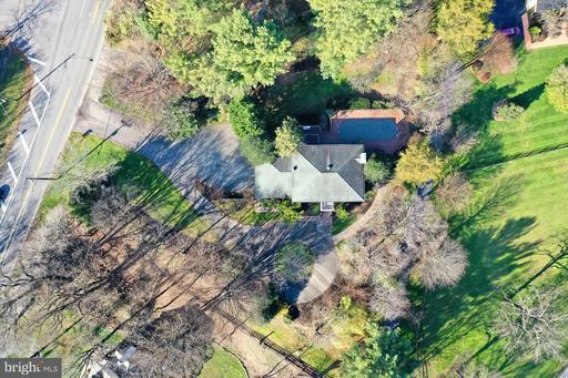 11400 Waples Mill Rd Oakton VA 22124
