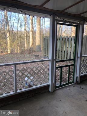 14831 Smethwick Pl Centreville VA 20120