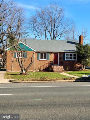 6021 Amherst Ave Springfield VA 22150